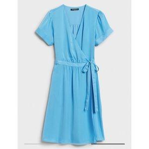 Banana Republic Blue Soft Wrap Dress Size Medium